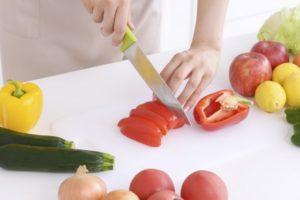 野菜を切る手元9